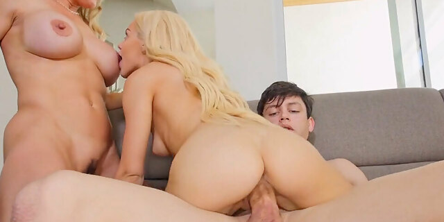 footjob,masseuse,stud,