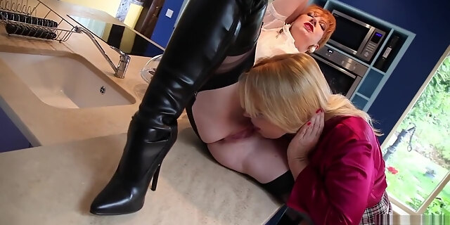 big natural tits,black,casting,hood,stripper,